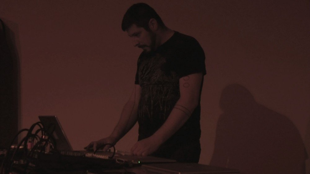 Yann Novak - Relocation